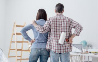 Home inspectors help a family fulfill their New Year's resolutions for their home
